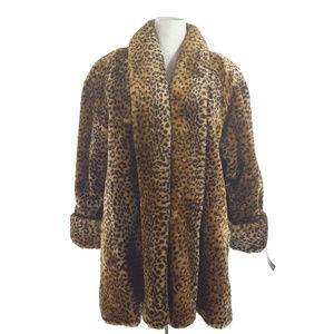 NWT Sz 1X Leopard Faux Fur Coat